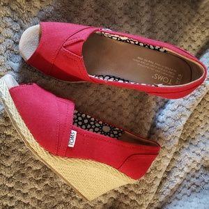 TOMS Wedge Shoe